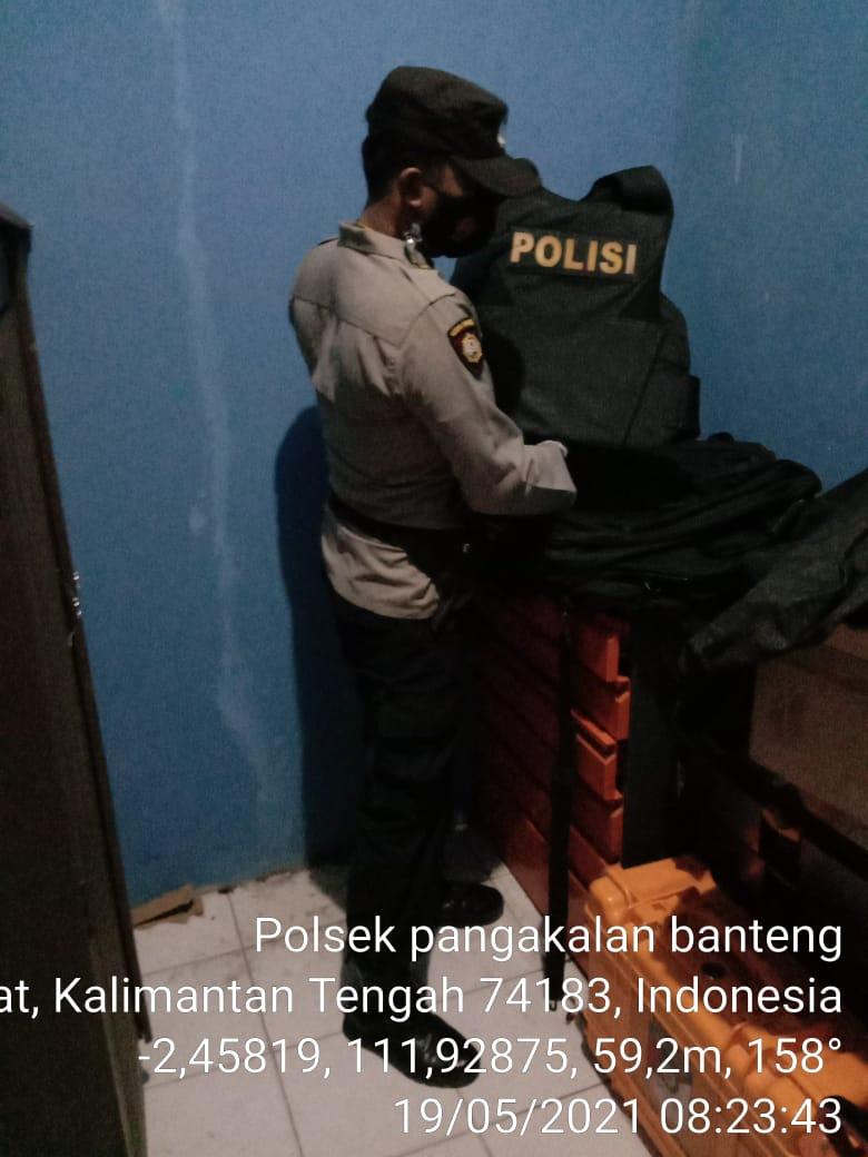 Aipda Abdurahman ditugaskan Kapolsek Arsel Cek Barang