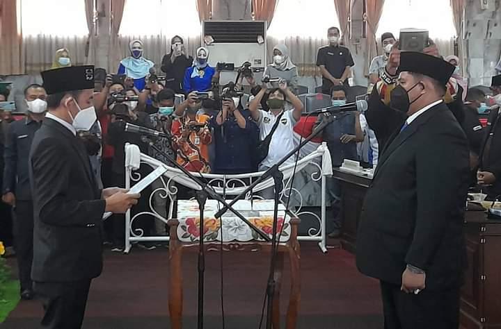Paripurna Istimewa, DPRD Lampura Melantik Muhammad Agung Cakra Negara,SH, Menjadi Anggota DPRD Lampura