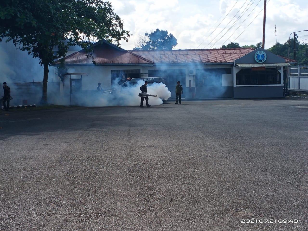 Cegah DBD Lanudal Tanjungpinang Melaksanakan Fogging