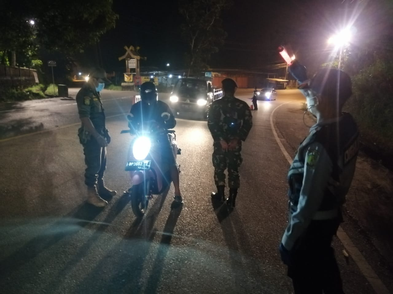 Prajurit Lanudal Tanjungpinang Dukung Satgas PPKM
