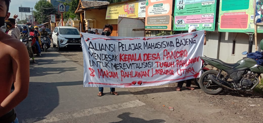 Aliansi Pelajar Mahasiswa Bajeng (APMB) Desak Kades Panciro Revitalisasi Fasum Tugu Pahlawan